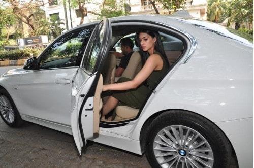 kriti sanon BMW 3 Series