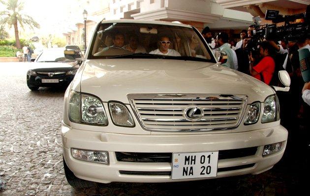 salman khan Lexus LX 470