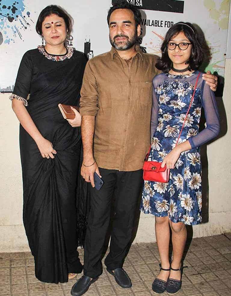 Pankaj Tripathi Age, Wife, Height, Family, Biography ...